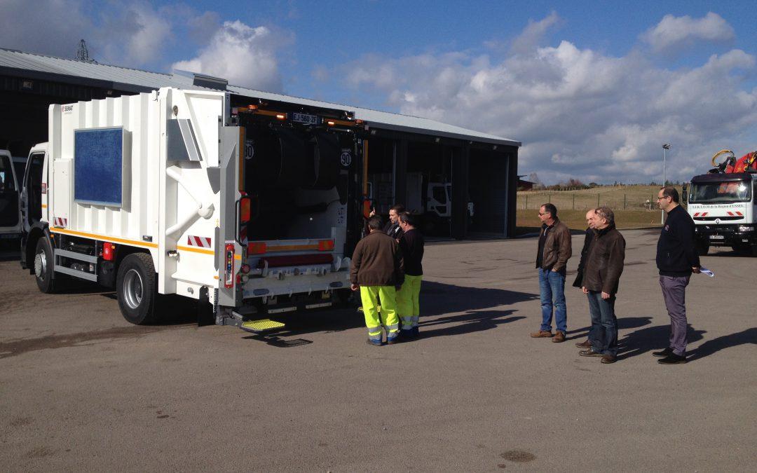Un nouveau camion pour la collecte des ordures ménagères