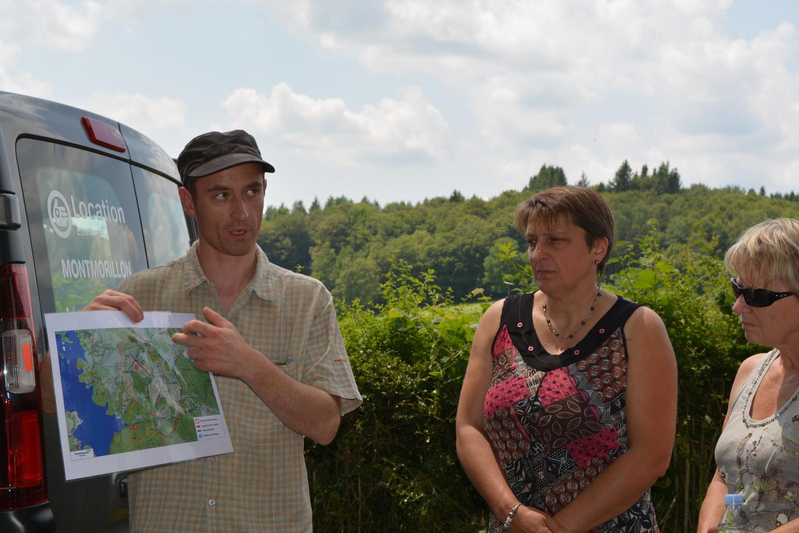 Vincent Mennessier, chef de service environnement, présente les travaux réalisés