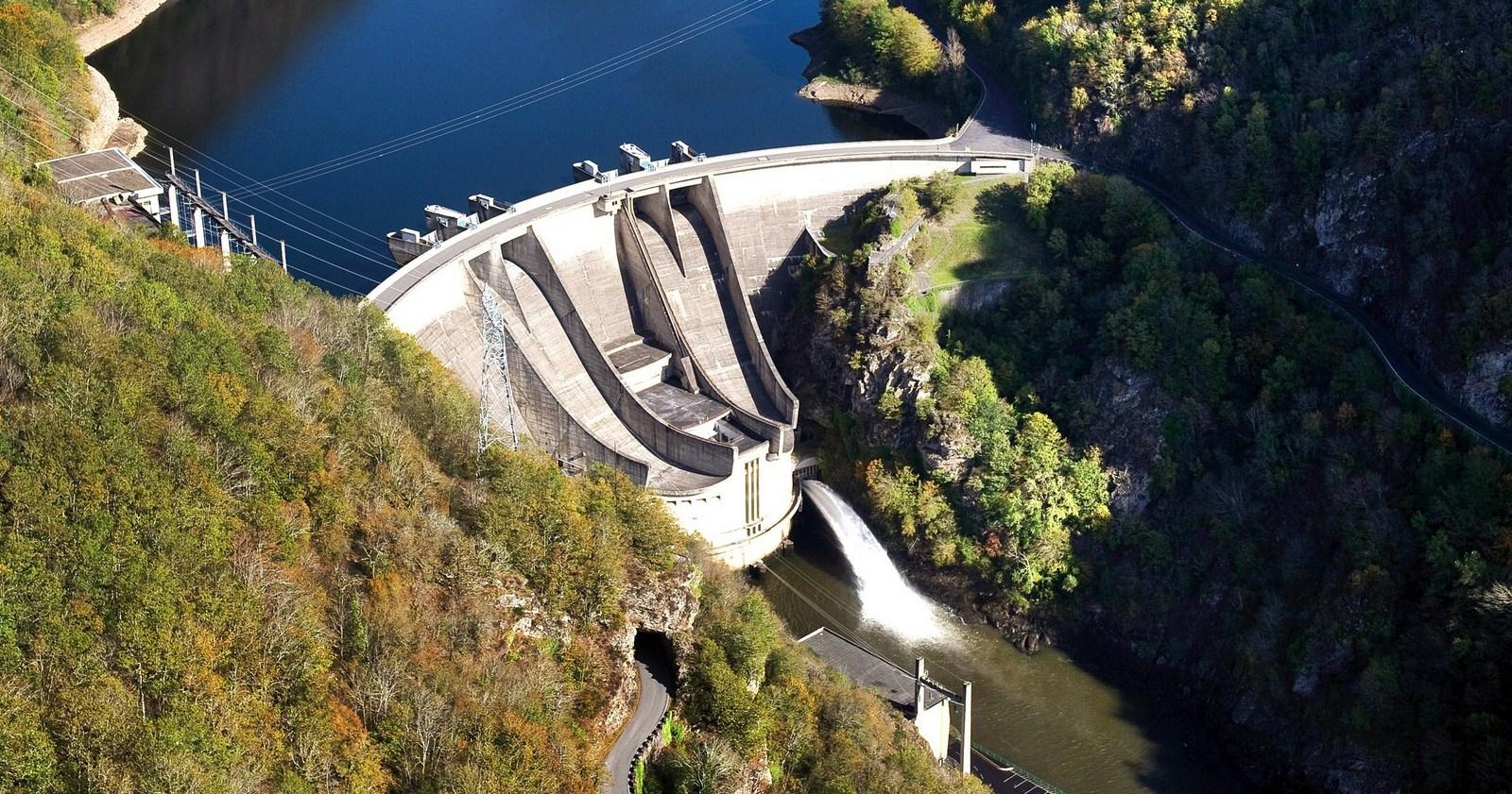 Le barrage de l'Aigle, trait d'union entre Corrèze et Cantal
