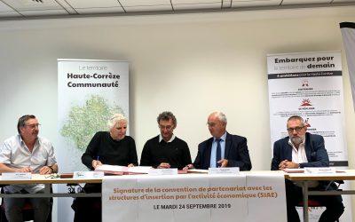 Signature d'une convention avec des structures d'insertion par l'activité économique
